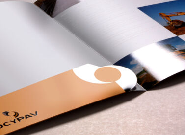Carpeta de Ocypav, diseñada por Galanés Agencia de Comunicación.