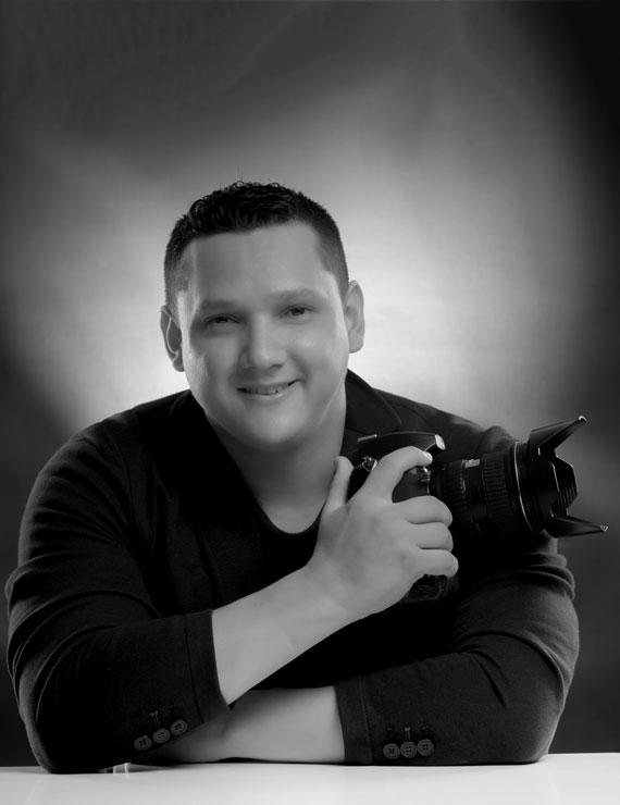 Jonathan Cristancho Vecino, Creativo Gráfico en Galanés Agencia de Comunicación, más que una agencia de publicidad en Bucaramanga, Colombia.